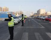 【赤峰交通警察支队】开展对中心城区交通管制