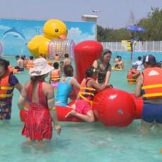 儿童戏水-金山海贝尔水上乐园