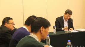 孟宪东到中国共产党、民族党派界分组与委员们讨论政府工作报告