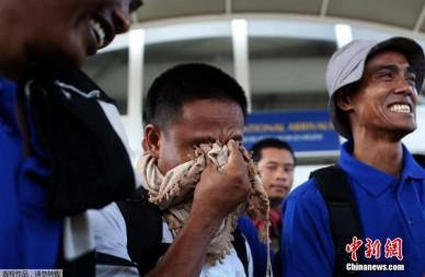 遭劫4年半中国船员在内26名人质获救