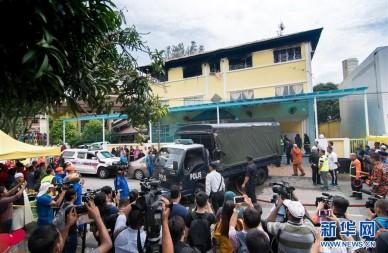 吉隆坡一学校发生火灾至少25人死亡